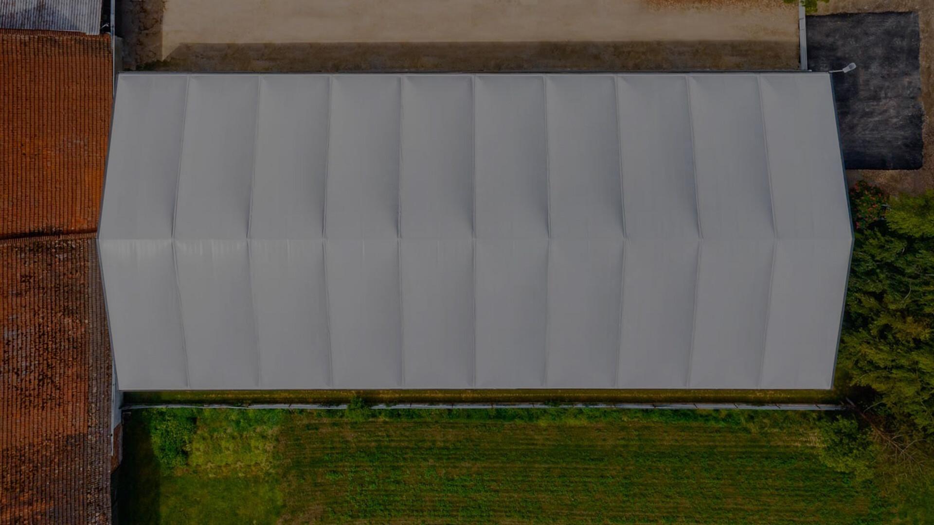 jaki dach hali namiotowej?